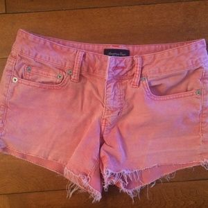 American Eagle stretch pink corduroy shorts